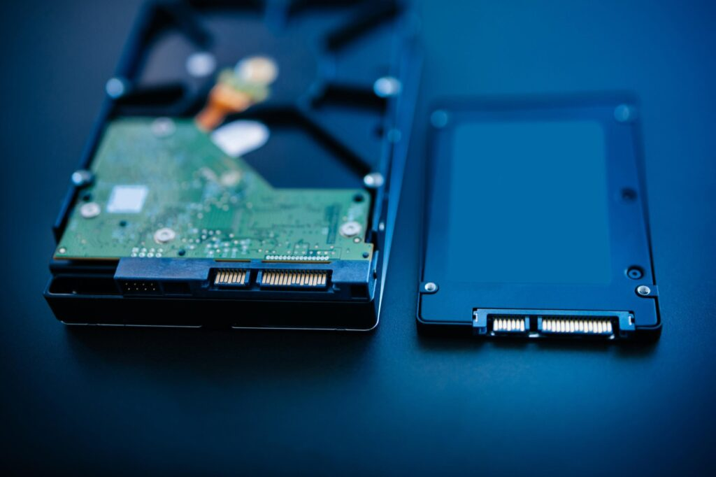 Data Recovery Chennai-Circuit Blue-Data Recovery, HDD (Hard Disk Drive) or SSD (Solid State Drive)
